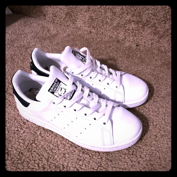 sports shoes 35e8a 397b3 Adidas Stan smith size 5 1/2